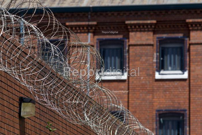 Razor wire walls and cells, Bristol HMP - John Harris - 2017-06-15