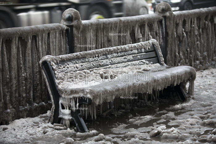 Filthy, frozen bench seat due to a burst water main, Globe Town, East London - Jess Hurd - 2018-03-03