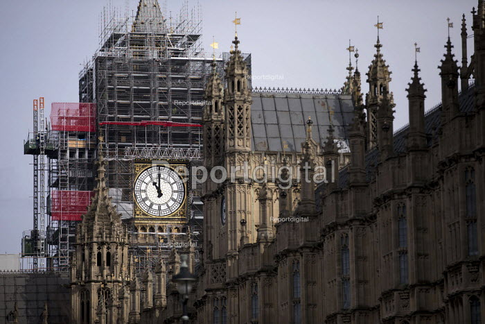 Scaffolding for renovation and repairs of Big Ben, Houses of Parliament, Westminster, London - Jess Hurd - 2018-03-07