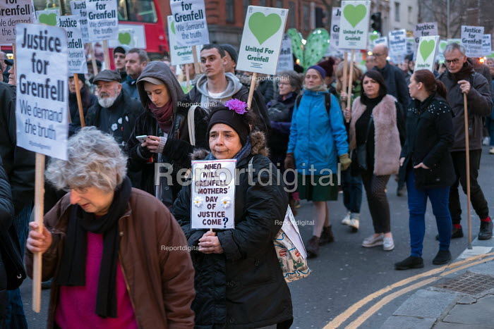 Silent march commemorating victims of the Grenfell Tower fire, Kensington High Street, London. When will Grenfell mothers Day of Justice come? - Philip Wolmuth - 2018-03-14