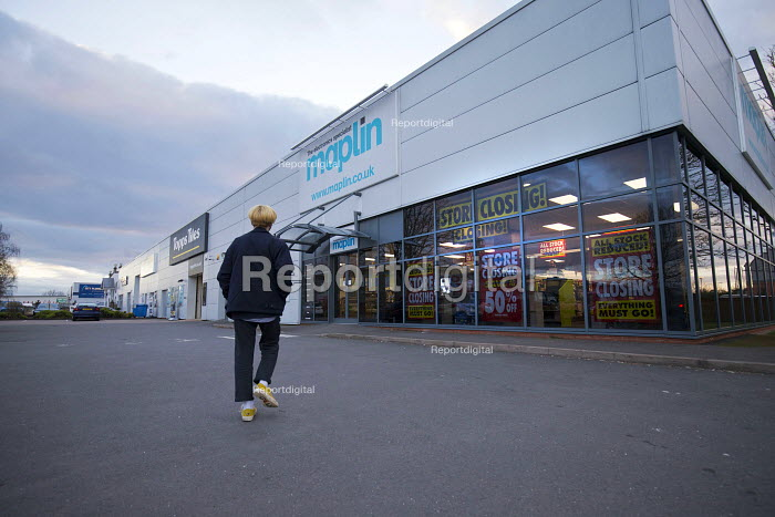 Maplin electronics store closing, Stratford upon Avon, Warwickshire. The retailer, which has 2,300 employees, has entered administration - John Harris - 2018-03-15