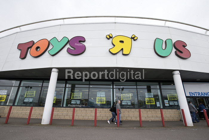 Closing down Toys R Us store, Coventry - John Harris - 2018-03-17