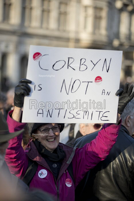 Counter protest by Corbyn supporters. Protest against anti semitism in the Labour Party by the Jewish Leadership Council and The Board of Deputies of British Jews, Parliament Square, London - Jess Hurd - 2018-03-26