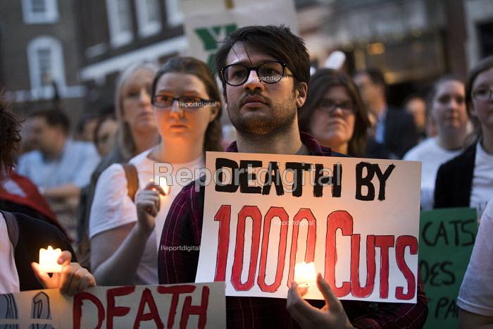 Candlelit Vigil for Justice defending legal aid, Justice Alliance, Ministry of Justice, London - Jess Hurd - 2018-04-18