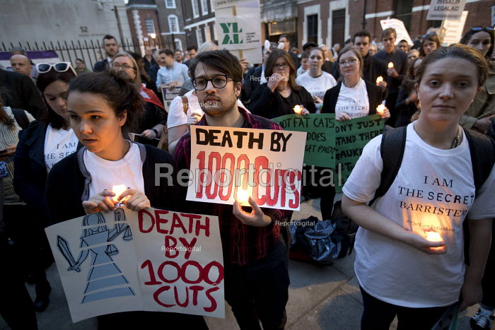 Candlelit Vigil for Justice defending legal aid, Justice Alliance, Ministry of Justice, London - Jess Hurd - 2018-04-18