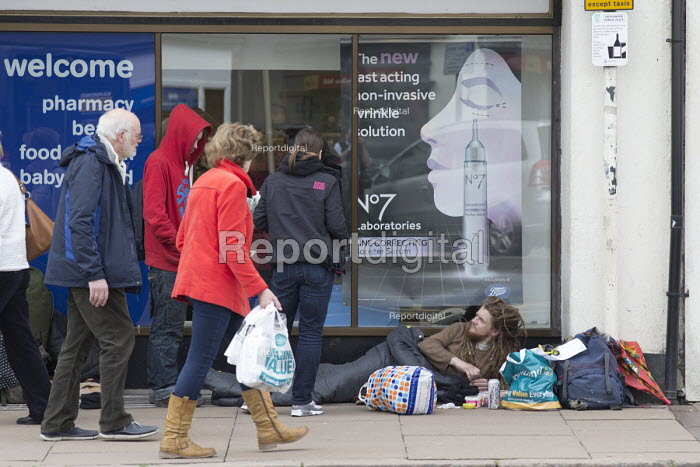 Homeless on the street, Stratford upon Avon - John Harris - 2018-04-16
