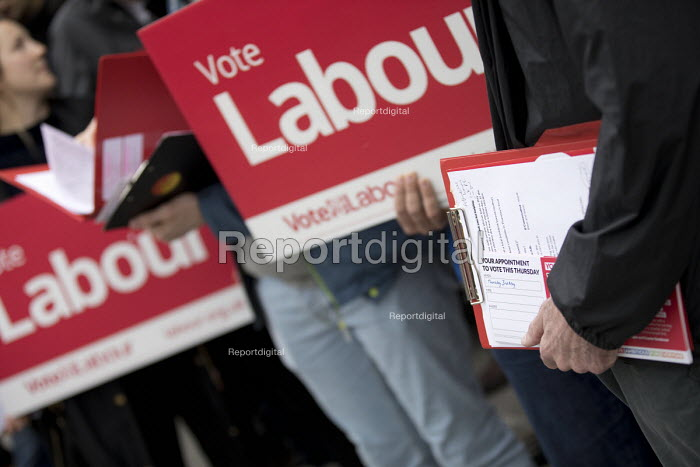 Labour Party local election campaign, Earlsfield ward, Wandsworth, London - Jess Hurd - 2018-04-29