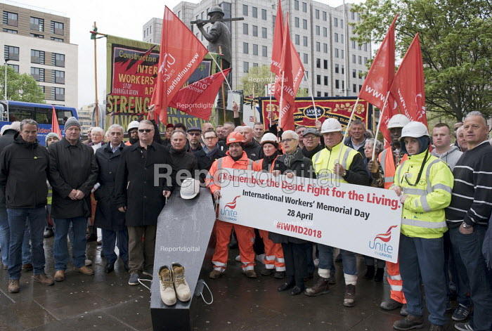 International Workers Memorial Day commemoration Tower Hill London 2018. Annual event to protest against and commemorate lives lost and injuries sustained in the workplace as a result of unsafe conditions at work - Stefano Cagnoni - 2018-03-22