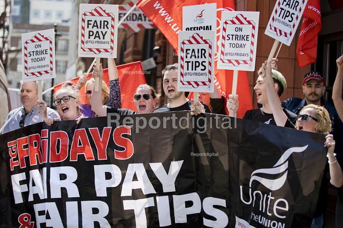 TGI Fridays fair pay and fair tips strike, Covent Garden, London - Jess Hurd - 2018-05-18
