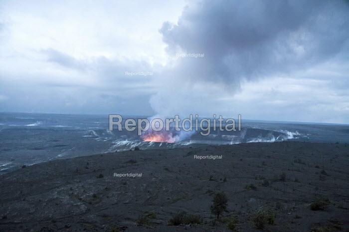Report digital photojournalism - Big Island, Hawaii: Eruption of the