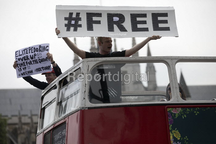 Protest in support of Tommy Robinson, Whitehall, London - Jess Hurd - 2018-06-09