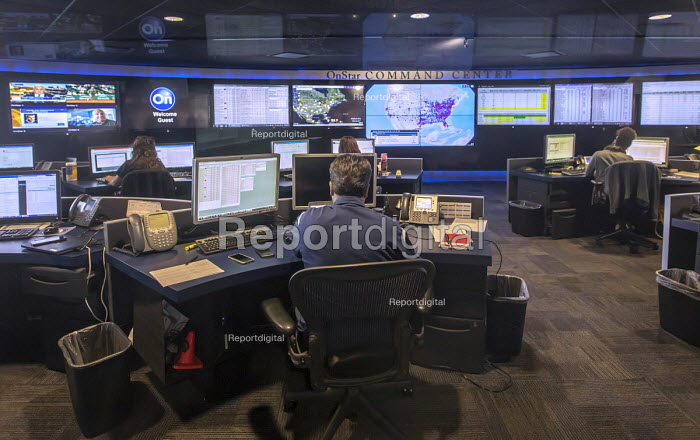 Detroit, Michigan, USA: OnStar Command Center, Global Headquarters of General Motors. Workers monitor and direct the activities of their 3 national call centers in Michigan, North Carolina and Toronto which house 2,000 OnStar Advisors. The Command Center staff also oversees subscriber volume, call routing, national and local weather, and various other emergency conditions such as automatic crash calls from vehicles involved in an accident - Jim West - 2018-06-07