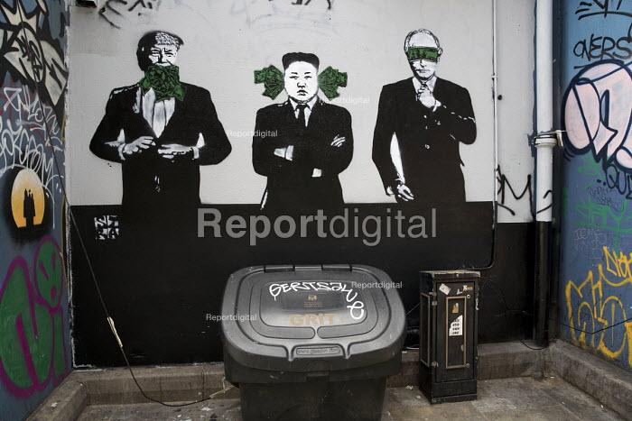 Donald Trump, Kim Jong-un and Vladimir Putin See No Evil, Hear No Evil, Speak No Evil, graffiti Ladbroke Grove, London - Jess Hurd - 2018-06-14