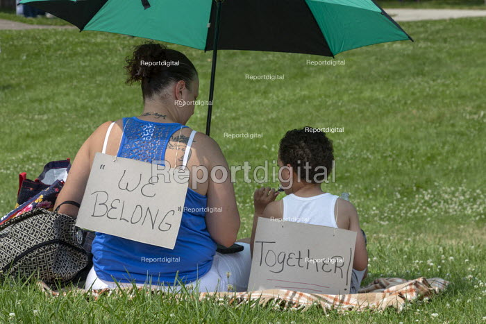 Detroit, Michigan USA: Protest against the separation of children from their parents at the USA Mexican border, Immigration and Customs Enforcement Detention Center. National protests organised by Families Belong Together - Jim West - 2018-06-30