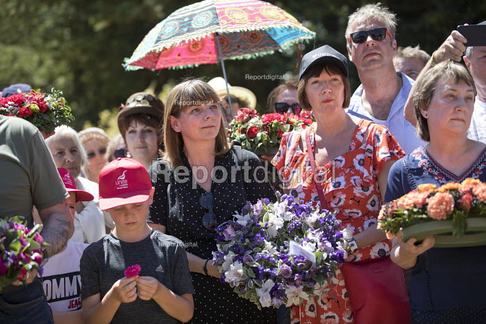Sally Hunt UCU and Frances O'Grady TUC, Wreath laying at Tolpuddle Martyrs' Festival, Dorset 2018. - Jess Hurd - 2018-07-22