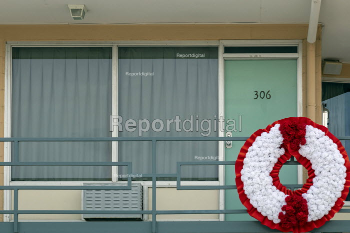 Memphis, Tennessee USA The National Civil Rights Museum at the Lorraine Motel, where Martin Luther King was assassinated in 1968. A wreath outside Room 306 marks the spot where King was shot. - Jim West - 2018-04-25