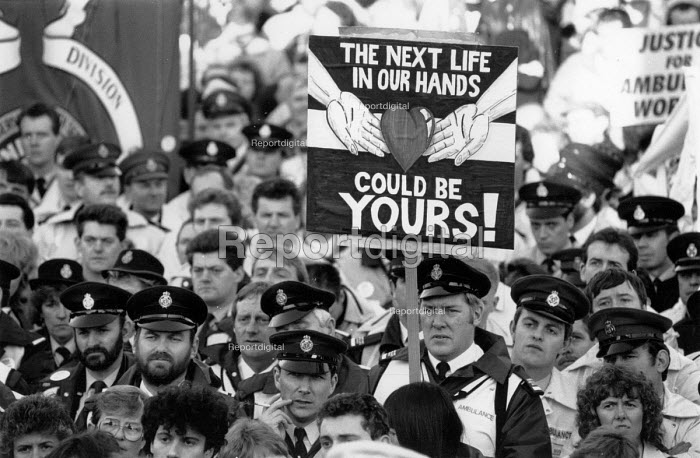 Ambulance workers strike rally, 1990 pay dispute, Trafalgar Square, London - John Harris - 1990-01-13