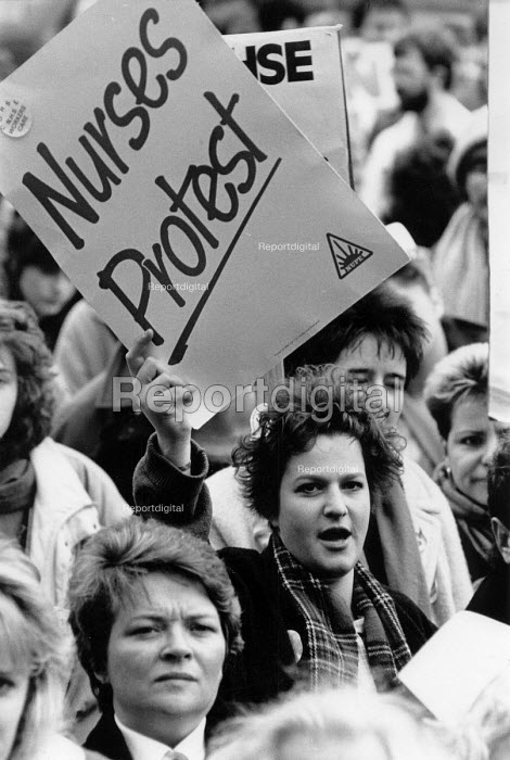 Health workers Day of Action protest against cuts and underfunding of the NHS, St James Hospital, Leeds 1988 - John Harris - 1988-02-03