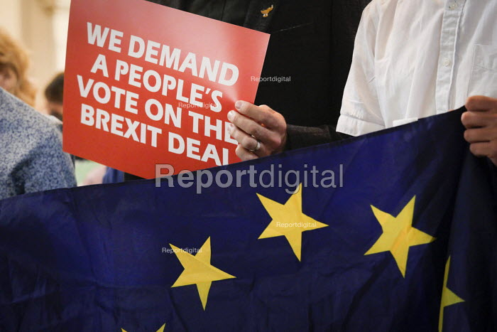 Pro EU People's Vote rally, Newcastle Upon Tyne. Campaigning for a public vote on the final Brexit deal between the UK and the European Union - Mark Pinder - 2018-08-25