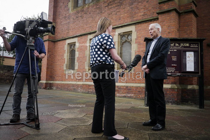 Frank Field MP being interviewed by TV visiting New Hope Food Bank, Rekendyke, South Tyneside 2014 as a member of the All Party Parliamentary Inquiry into Hunger and Food Poverty - Mark Pinder - 2014-07-04