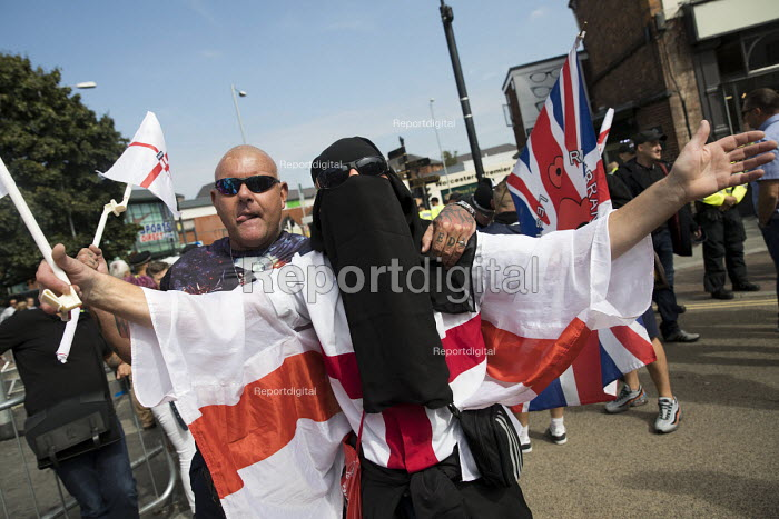 Man wearing a hijab, EDL national protest Worcester, against a potential mosque - Jess Hurd - 2018-09-01