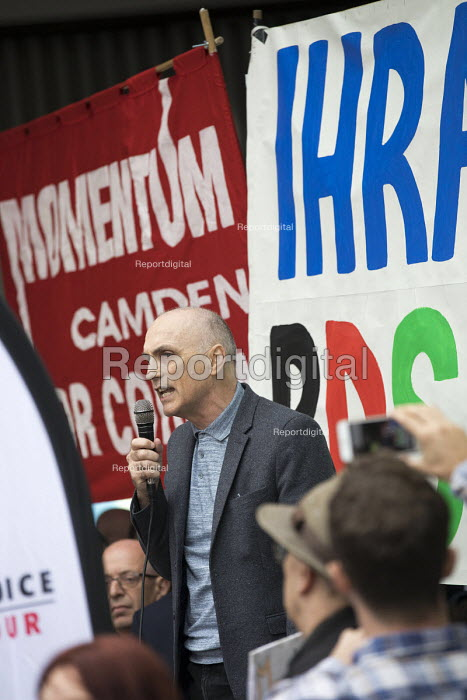 Chris Williamson MP speaking, protest outside Labour Party NEC meeting against the IHRA Anti Semitism definition, Labour HQ, London - Jess Hurd - 2018-09-04