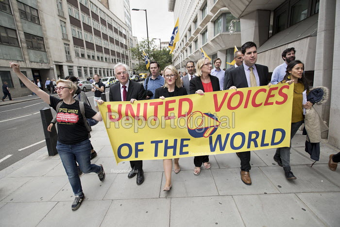 John McDonnell MP, Rebecca Long-Bailey and Richard Burgon join PCS activists supporting UVW cleaners in a pay dispute marching from MoJ headquarters to BEIS headquarters, Westminster, London - Jess Hurd - 2018-09-05