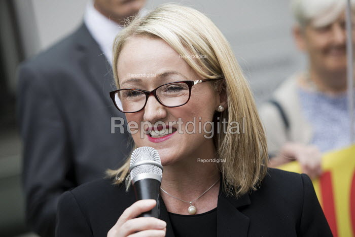 Rebecca Long-Bailey speaking, PCS activists supporting UVW cleaners in a pay dispute BEIS headquarters, Westminster, London - Jess Hurd - 2018-09-05