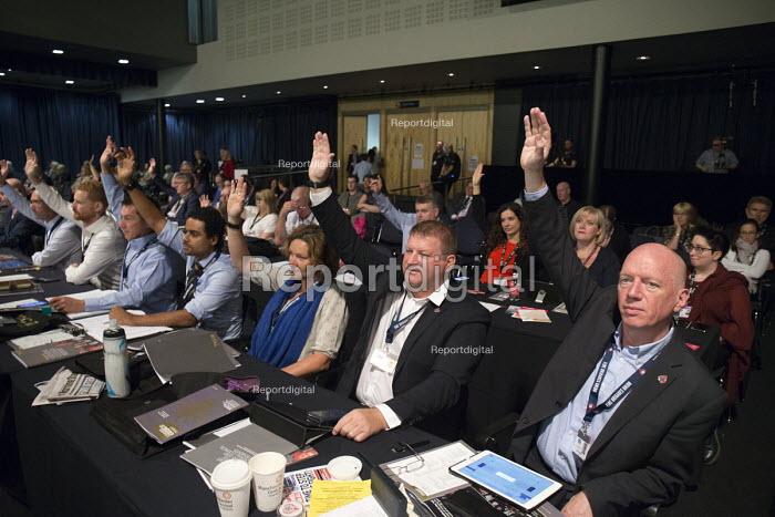FBU delegates voting TUC Congress Manchester 2018 - John Harris - 2018-09-10