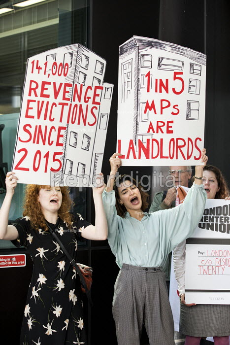 Newly formed London Renters Union ironic protest at the Resident Future Renting Landlords Association conference with violins and a spoof cheque. The conference discussed what they describe as the increasingly hostile environment for landlords, Imperial College, London - Jess Hurd - 2018-09-13