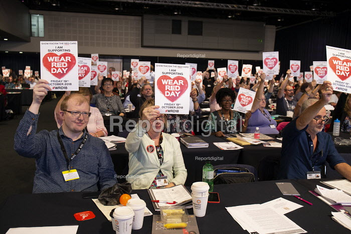 Wear Red Day, TUC conference 2018 Manchester - John Harris - 2018-09-11