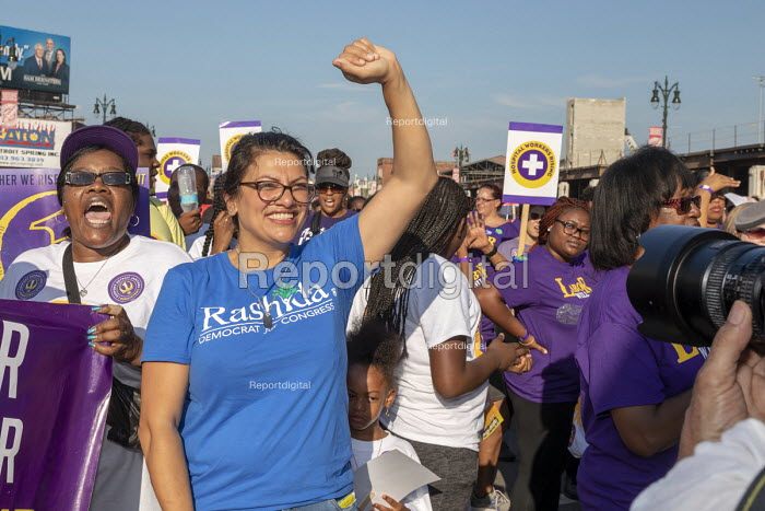Detroit, Michigan USA Rashida Tlaib, Democratic candidate 13th District for Congress campaigning at Labor Day parade. If elected, she would be the first Muslim woman in Congress - Jim West - 2018-09-03