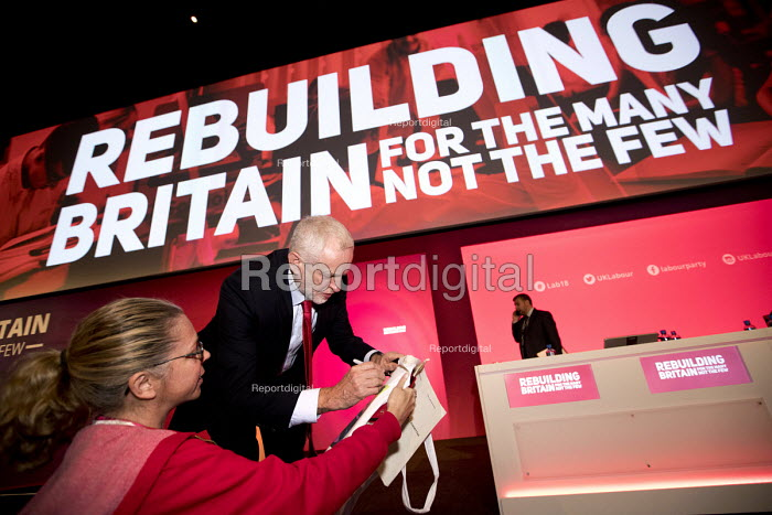 Jeremy Corbyn signing his autograph for a delegate Labour Party Conference, Liverpool, 2018 - Jess Hurd - 2018-09-24