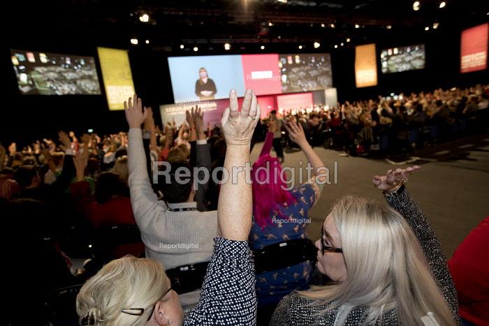 Delegates voting Labour Party Conference, Liverpool, 2018 - Jess Hurd - 2018-09-24