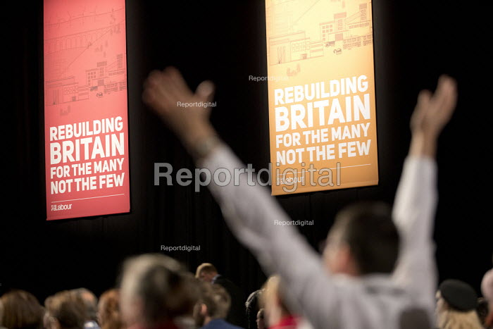 Delegates raising hands indicating wanting to speak, Labour Party Conference, Liverpool, 2018 - Jess Hurd - 2018-09-25