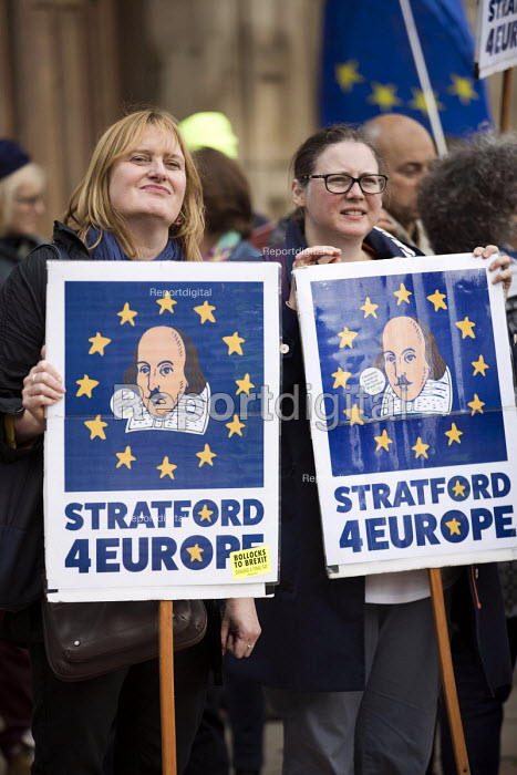 Pro EU protesters demonstrating, Conservative Party Conference, Birmingham, 2018 - Jess Hurd - 2018-09-30