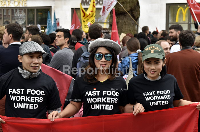 McDonald's, UberEats and Wetherspoon workers strike over... - Stefano Cagnoni, SC18CT24.jpg