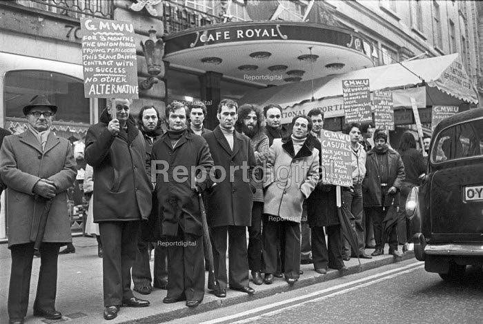 """Strike at the exclusive Cafe Royal, Piccadilly, London, 1977 by members of the GMWU, against a """"slave driving contract"""" and casualisation. - NLA - 1977-02-07"""