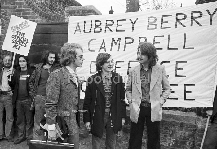 The ABC campaign and trial. Duncan Campbell, Crispin Aubrey and John Berry, 1977 facing deportation under the official Secrets Act, with supporters  from their defence committee - NLA - 1977-04-26