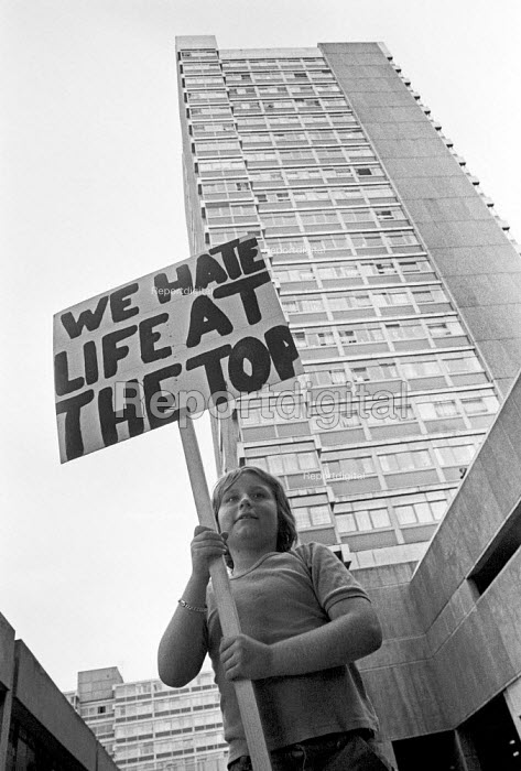 Children protest against living in high rise flats, Wandsworth, South London 1977 - NLA - 1977-05-02