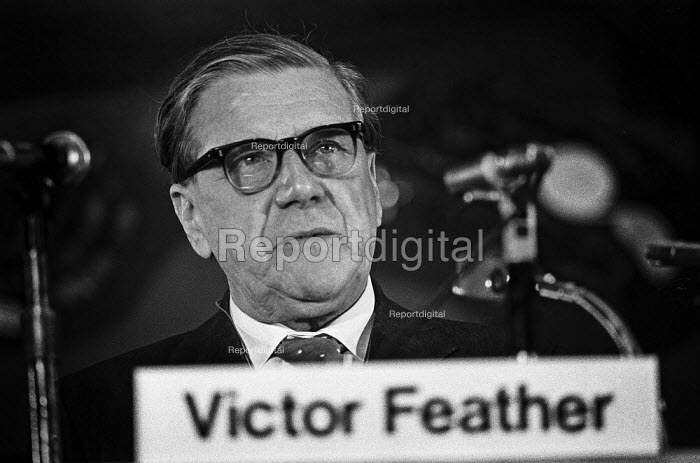 Vic Feather TUC speaking, Financial Times Conference, London 1973 - NLA - 1973-05-08