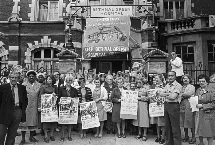 Strike protest at closure of Bethnal Green Hospital, London 1978 - NLA - 1978-05-03