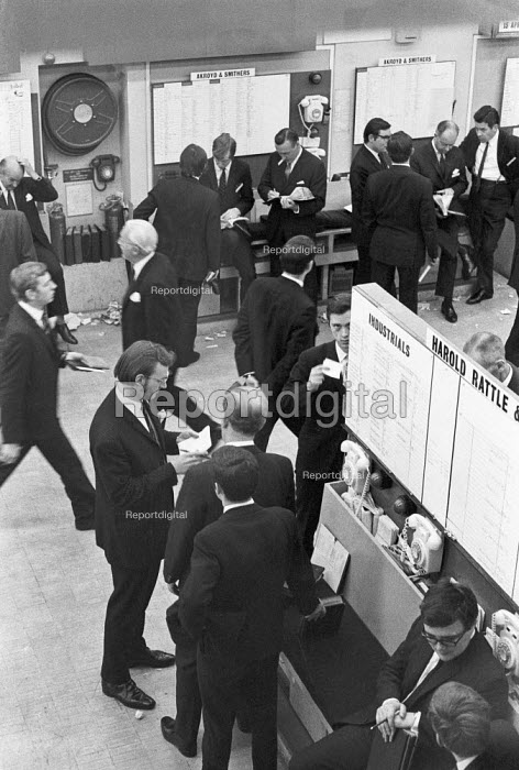 The floor of the Stock exchange, The City of London, 1970 - NLA - 1970-06-01