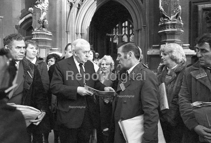Jimmy Kelly Action Committee lobbying MP Harold Wilson, Houses of Parliament 1980. Kelly died an hour after being arrested and allegedly being kicked and beaten by police - NLA - 1980-01-14