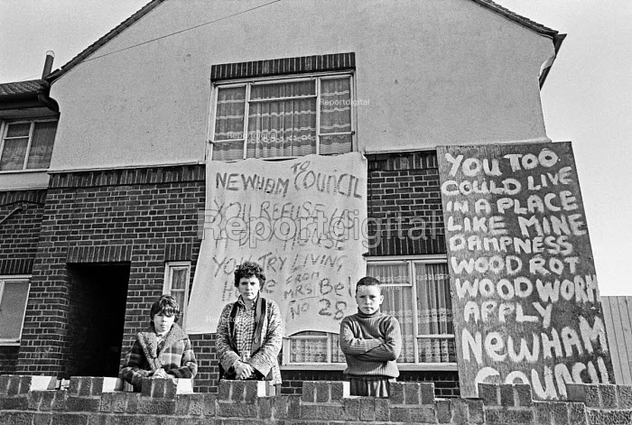 Protest by tenants damp council housing Newham, East London 1980. One family make a protest. - NLA - 1980-03-18