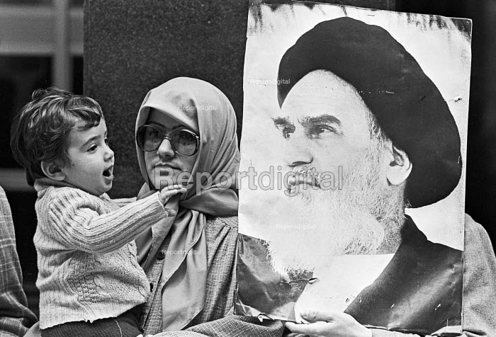 Iranians protest London 1980 against colonialism and against Sadat, Egypt and in support of the Palestinians - NLA - 1980-08-12