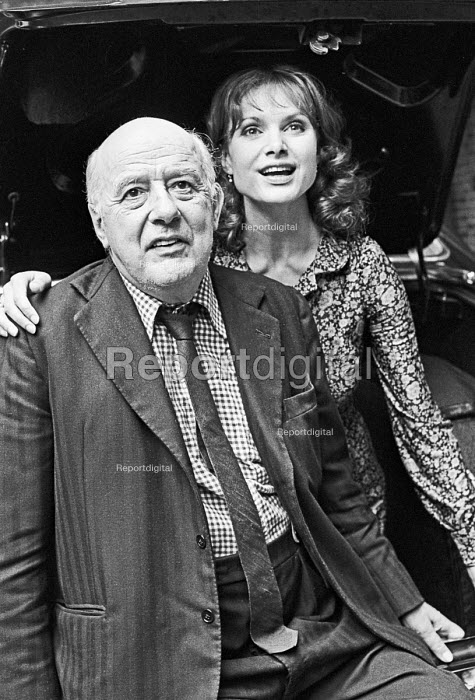 Sir John Betjeman and Madeline Smith, 1980 actress and one of the James Bond girls - NLA - 1980-08-16