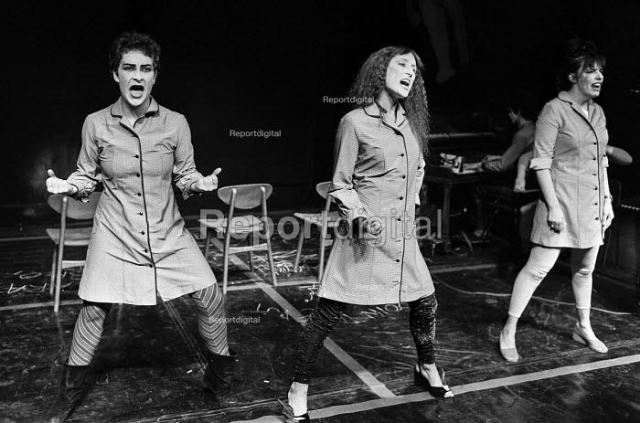 The Sadista Sisters, The Half Moon Theatre, London 1981 - NLA - 1981-06-30