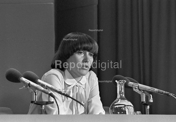 Helene Hayman MP 1979. Briefly the youngest member of the House of Commons and the first woman to breastfeed at Westminster - NLA - 1979-04-10