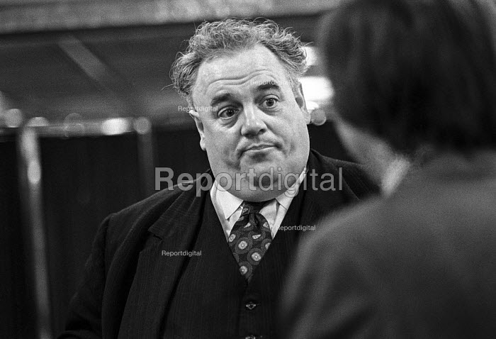 Cyril Smith, Financial Times conference on globalisation 1973 - NLA - 1973-11-28